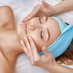 4 Trattamenti viso + Massaggio viso-corpo sblocco