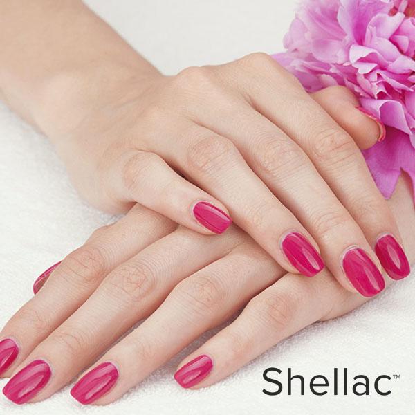 Manicure e semipermanente Shellac
